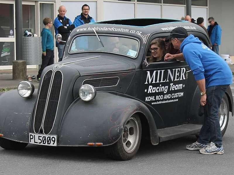 1948 Ford Popular