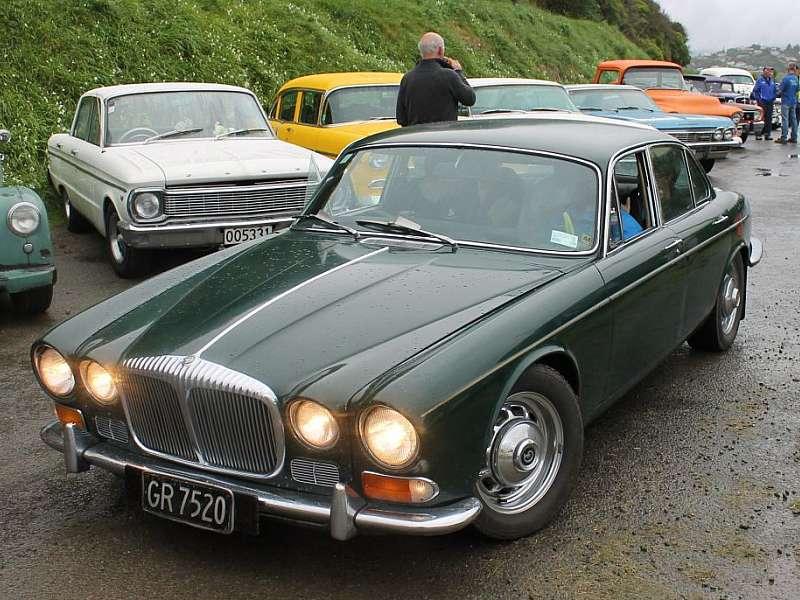 1971 Daimler (350 Chev powered).